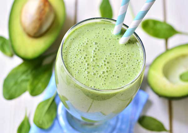 avocado and spinach green smoothie