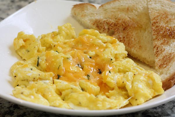best cheesy eggs